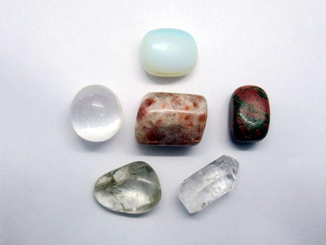Healing Light Meditation Pack Crystals to aid Meditation Crystals Photo